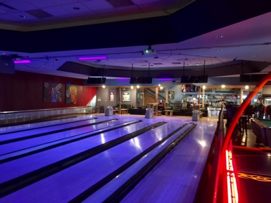 Bowling Alley/Restaurant for Sale